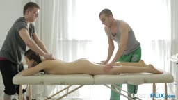 DOUBLE OIL MASSAGE